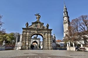 black madonna_czestochowa_poland active local tours krakow_krakow surroundigs2